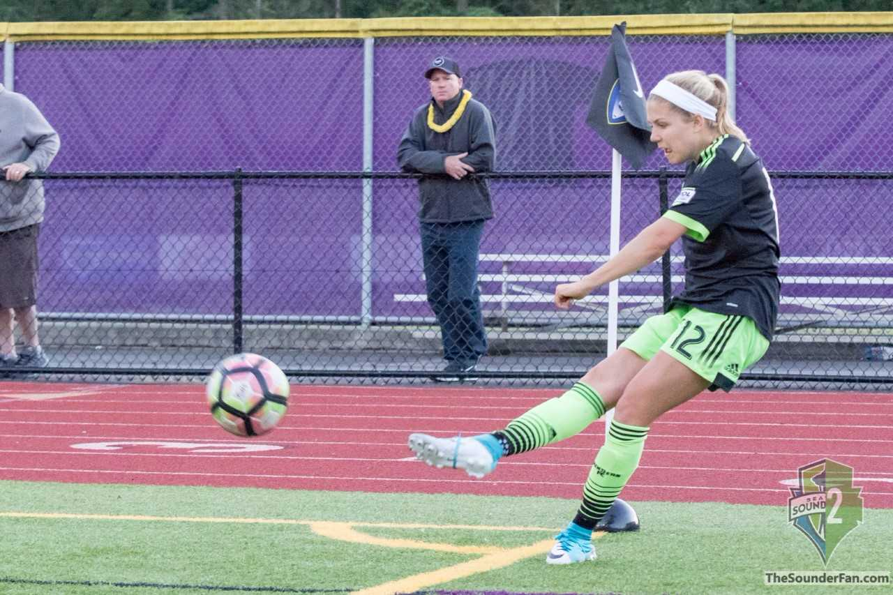 Sounders Women split weekend games, playoffs heating up
